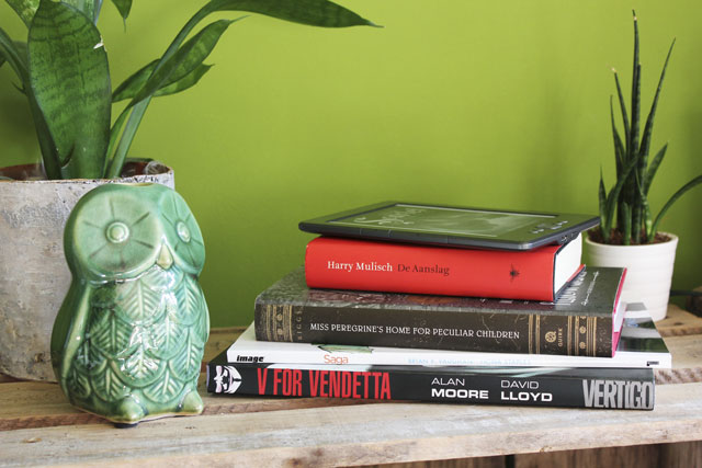 Read-a-thon Wrap-up - The stack of books I've read during the september read-a-thon