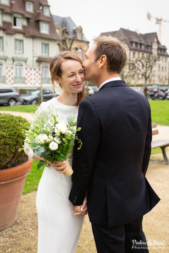 PAULINE-MEHDI-PHOTOGRAPHIE-MARIAGE-FAMILLE-SHOOTING-COUPLE-GROUPE-MARIES-DEAUVILLE-MAIRIE-CEREMONIE-CALVADOS-NORMANDIE-75