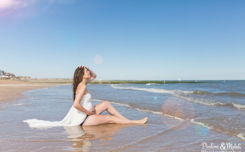 PMP-PAULINE-MEHDI-PHOTOGRAPHIE-GROSSESSE-PLAGE-MER-PHOTOGRAPHE-CABOURG-CAEN-CALVADOS-NORMANDIE-ROBE-55