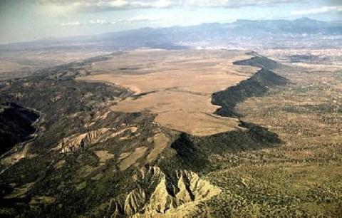 Plateaus types major plateaus of the world pmf ias - Definition d un plateau ...
