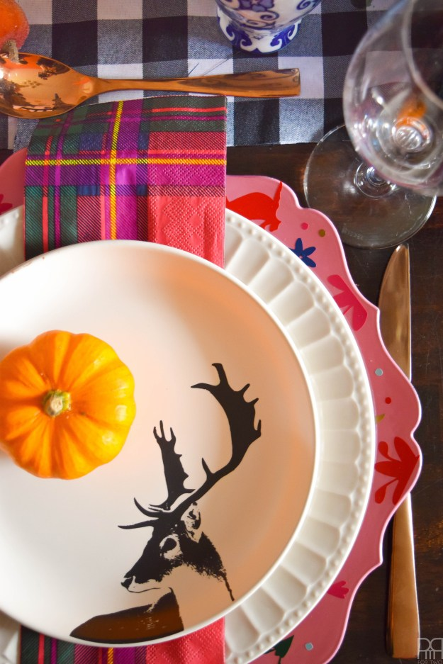 eclectic-and-colourful-thanksgiving-tablescape-10