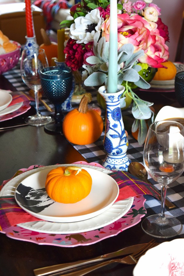 eclectic-and-colourful-thanksgiving-tablescape-3