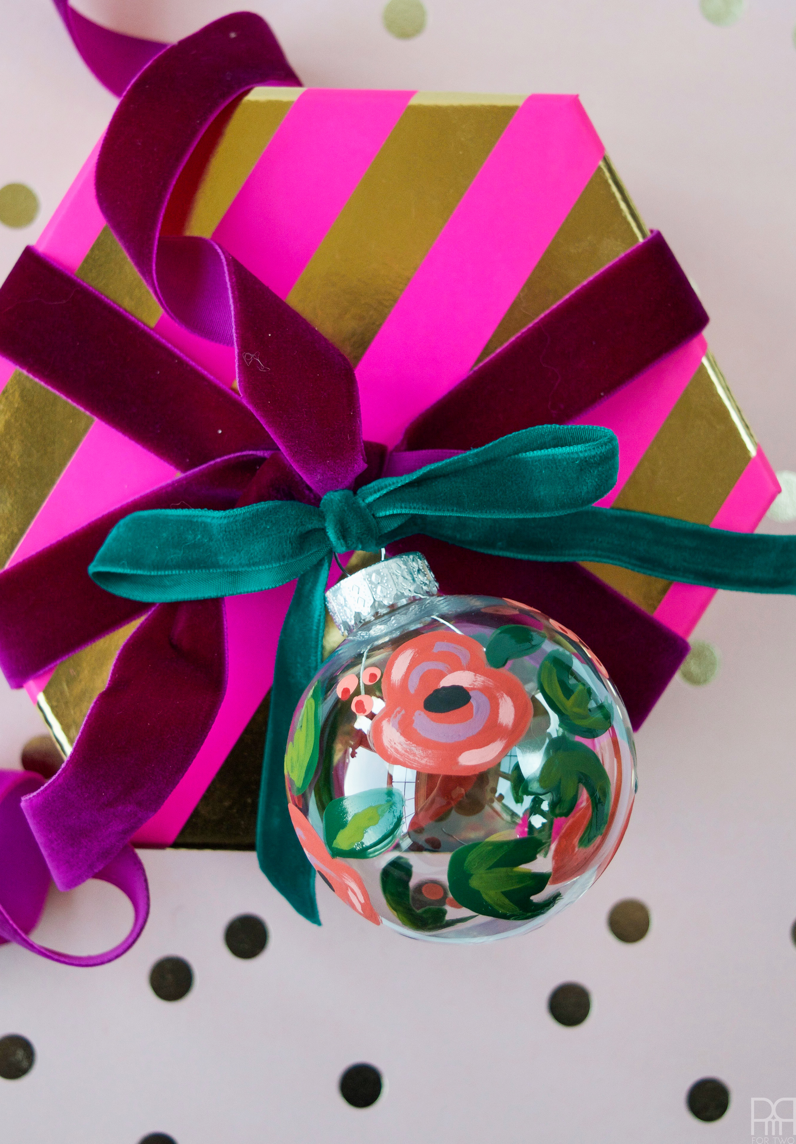 diy-painted-ornaments-7