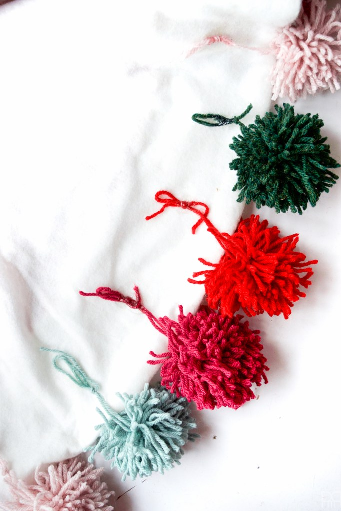diy pom-poms-and-tassels