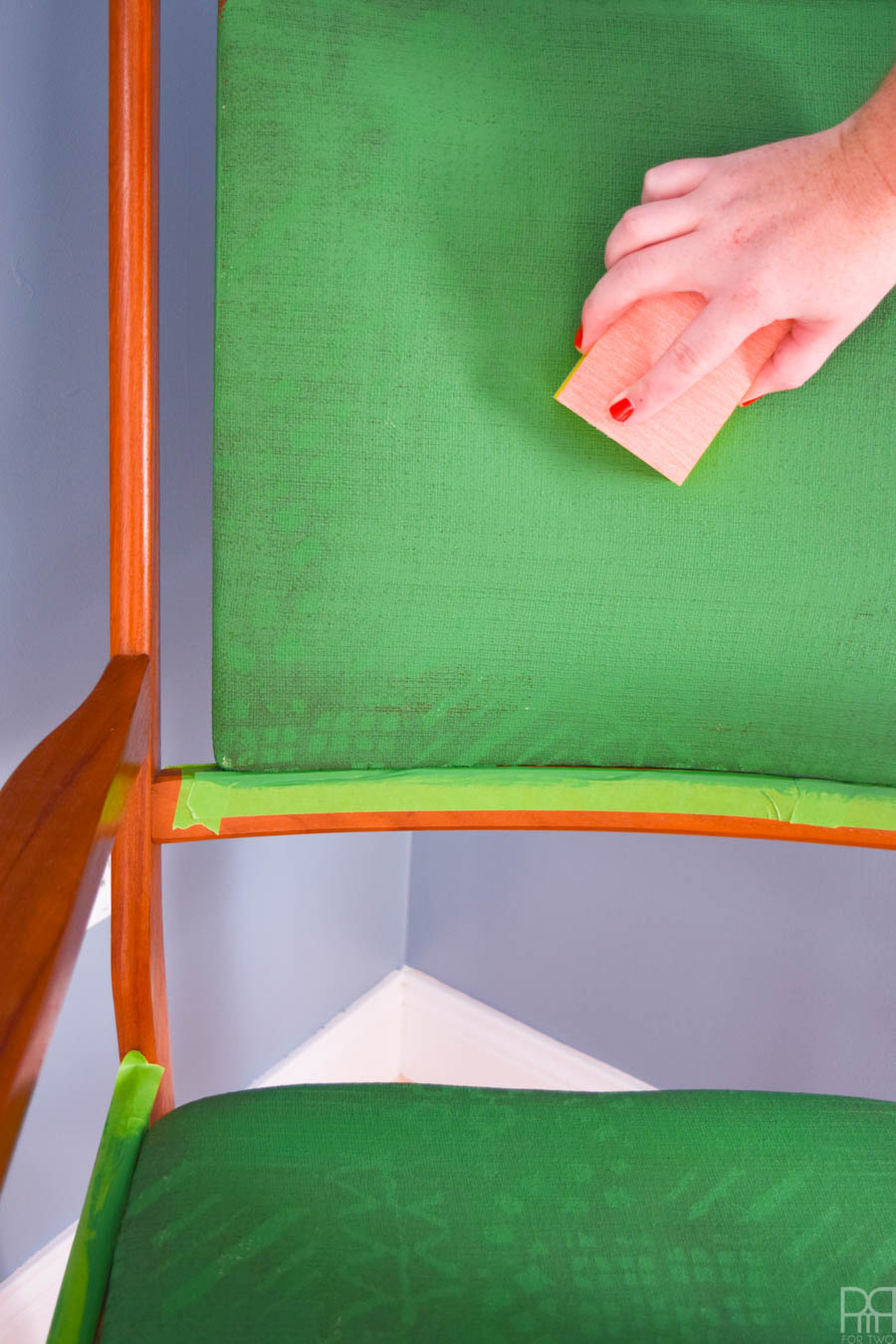 how to paint an upholstered chair using BEHR paint