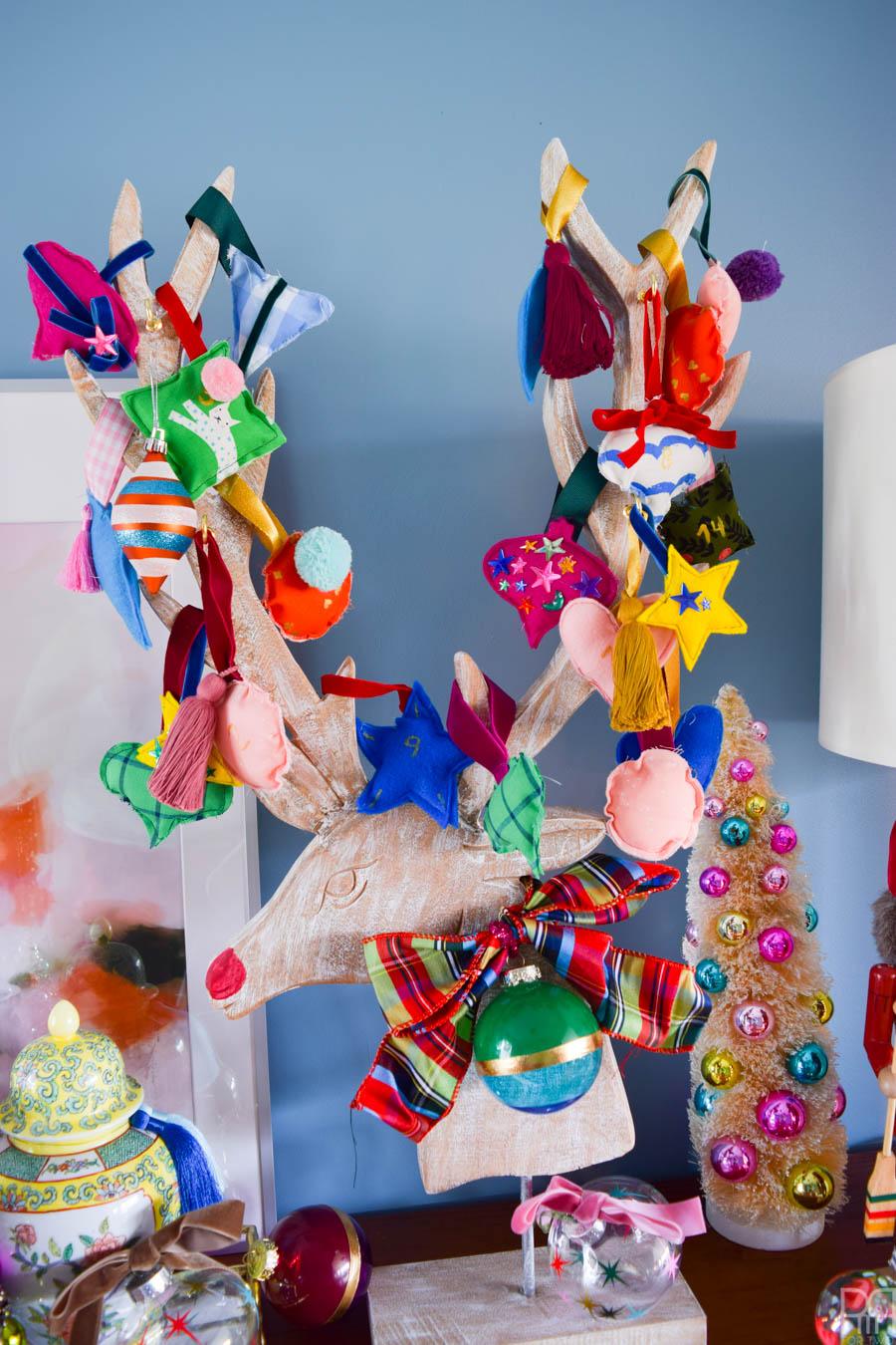 Christmas Advent Calendar with the Cricut Maker & Decoart Acrylics