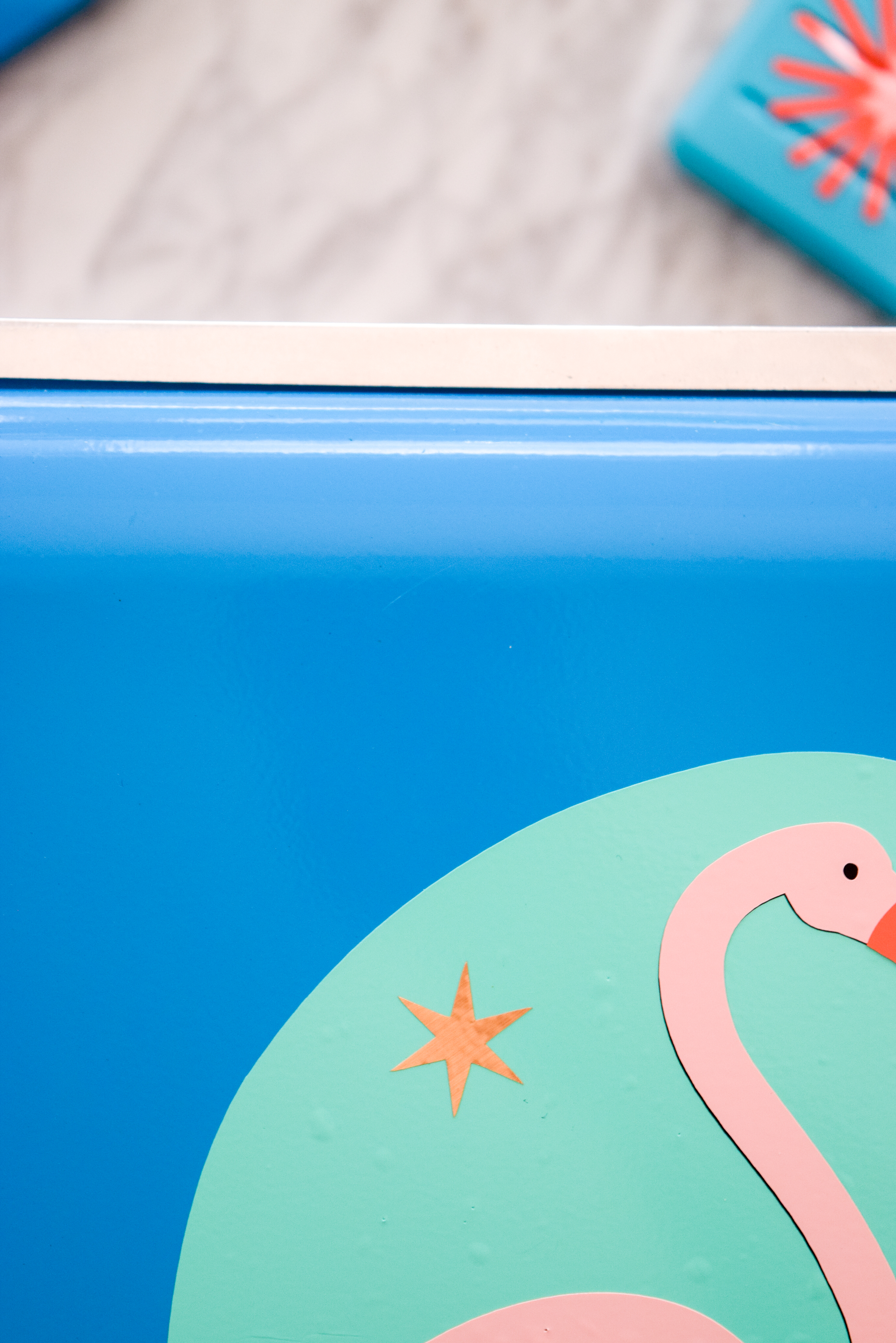 Is your cooler in need of a summer refresh? Grab the tutorial for these DIY Summer Cooler Decals, and get on your way! Those bevies won't cool themselves. Oh, just make sure you've got your Cricut Explore Air 2 ready to go as well.