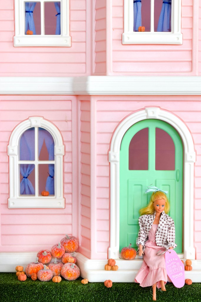 Fall Barbie Dream House Wallpaper Downloads