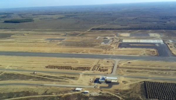 Obra do novo aeroporto (Foto: Seinfra)