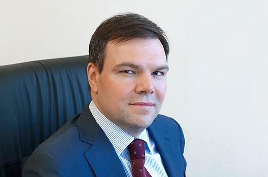 Левин рассказал о важной роли русскоязычных радиостанций, вещающих за рубежом