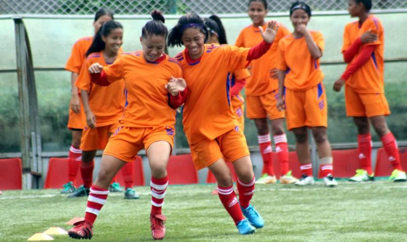 नेपाली महिला टोली पाकिस्तानसँग खेल्ने तयारीमा