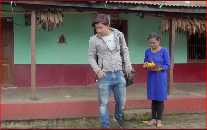 निशान बानियाँको निर्देशनमा प्रकाश सपुत अभिनित 'मरे बाकसमा' बोलको मार्मिक गीत सार्वजनिक [भिडियो सहित]