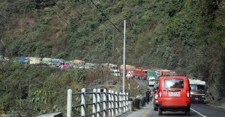 चाडपर्वमा नारायणगढ–मुग्लिन सडक सहज  हुने