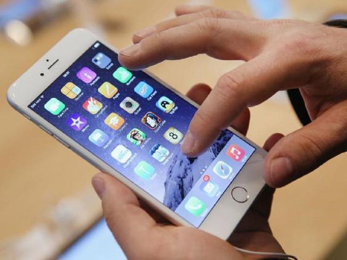 केन्याका गाँउ गाँउमा चिनियाँ मोबाइल लोकप्रिय