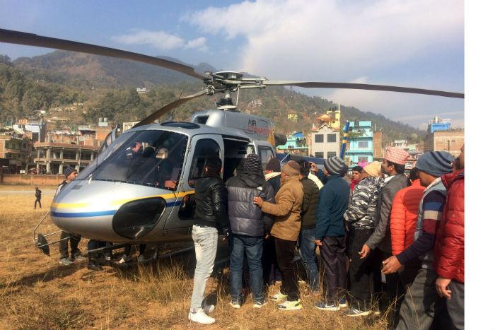 मालढुङ्गा दुर्घटनामा सातको मृत्यु, चारको सनाखत, हेलिकप्टरमार्फत घाइतेको उद्दार