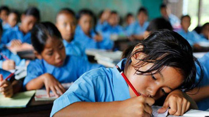 धेरै समय विद्यालय, सिकाइमा प्रतिकूल असर