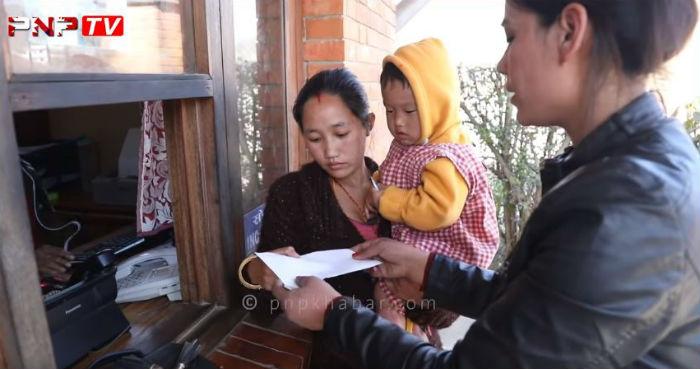 दुधमा डुबेका रायनलाई सहयोग बोकेर पुगिन पत्रकार, फेरियो रायनको जीवन (भिडियो)
