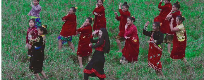 छम्म छम्म नाच्दै गायीका दीपा तामाङ (भिडियो सहित)