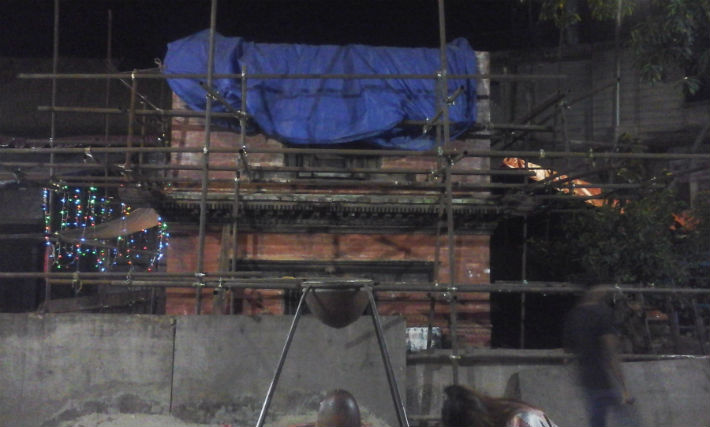 पुनःनिर्माणको पर्खाइमा थापाथलीको गोपाल मन्दिर