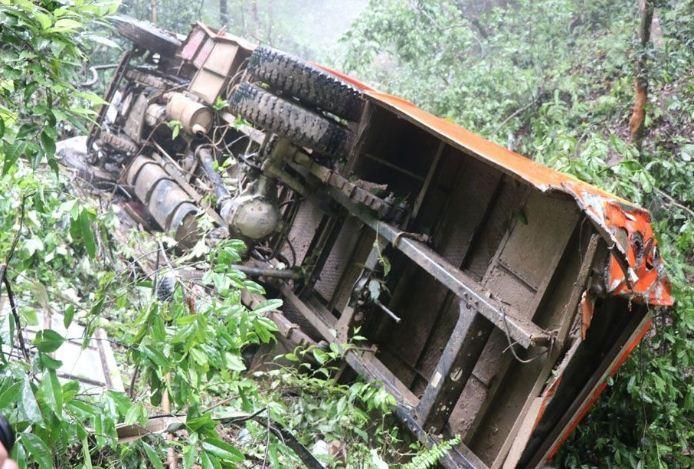 ट्रक दुर्घटनामा एकको मृत्यु, छ घाइते