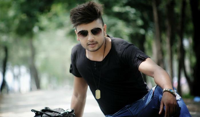 गायक दुर्गेश थापाले आफ्नो गीत युट्युबबाट हटाए