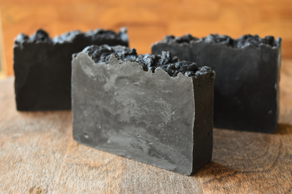 ACTIVATED CHARCOAL DETOX Facial & Body Soap