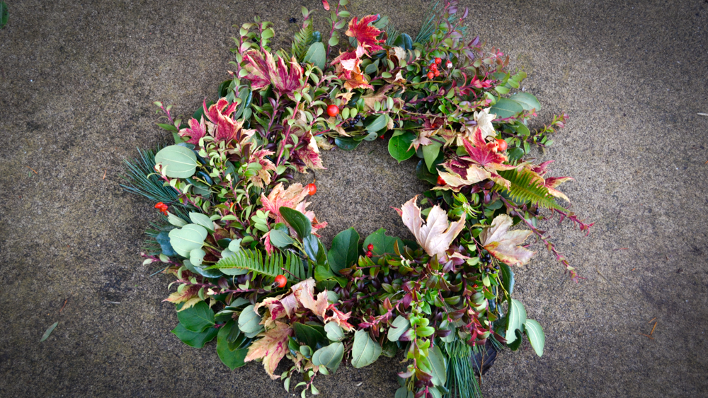 how to make a wreath holiday spring fall anytime