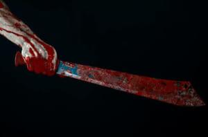 【超!閲覧注意】日本刀と同レベルの武器で人間にフルスイングしたらこうなります…