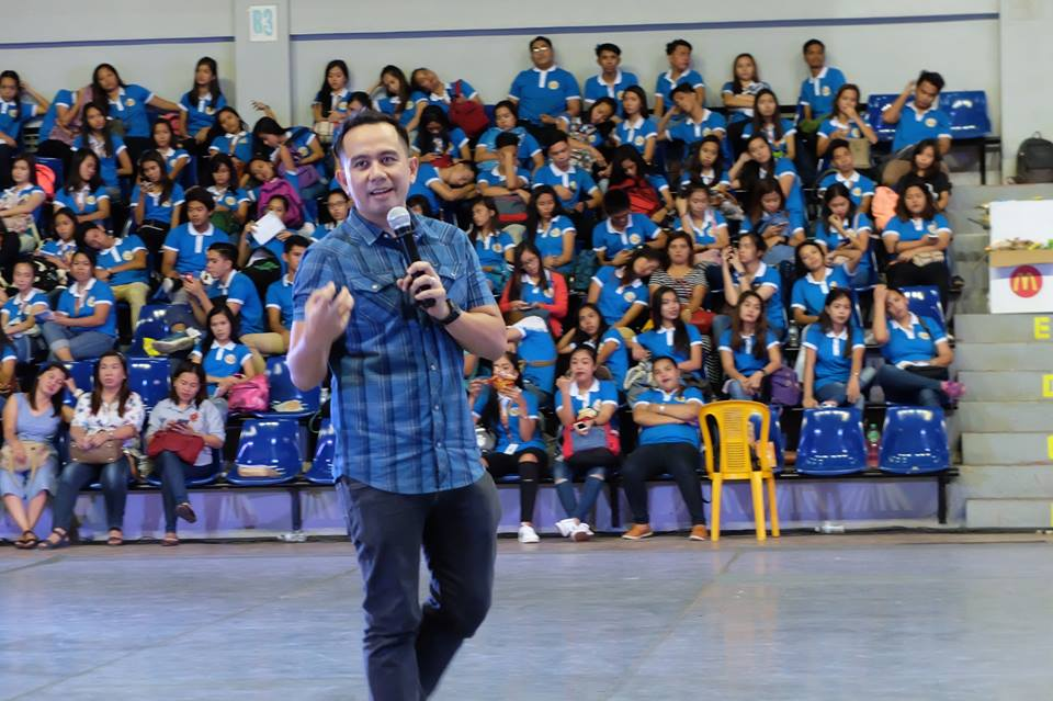 Filipino motivational speaker talks about the entrepreneurial mindset