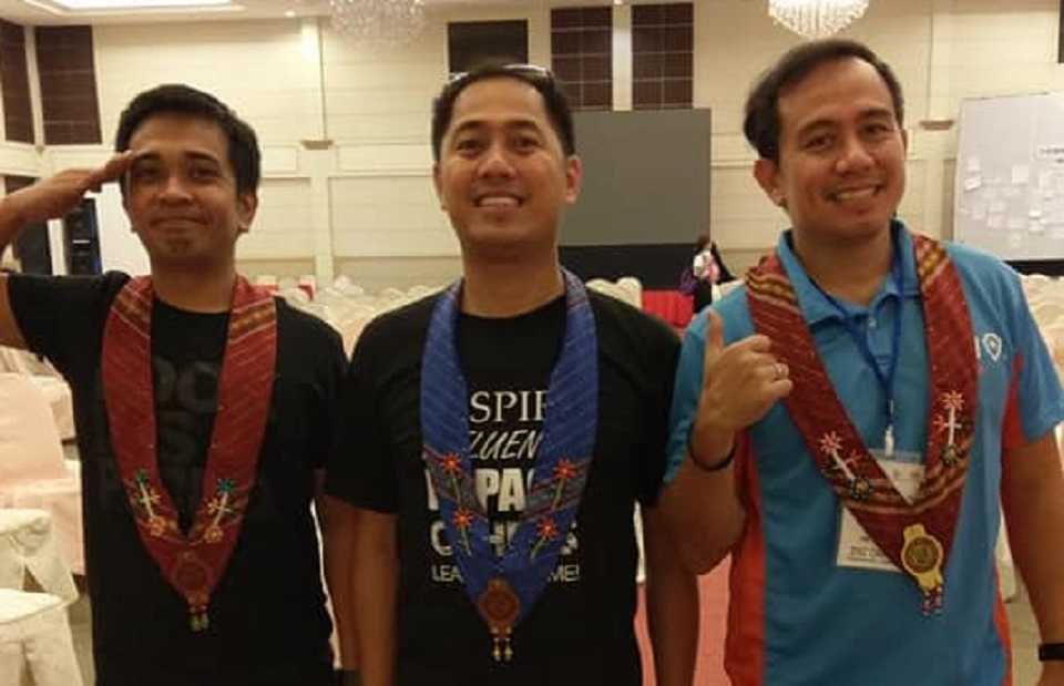 Filipino motivational speakers Ian Barcelona Lloyd Luna and Pocholo Gonzales