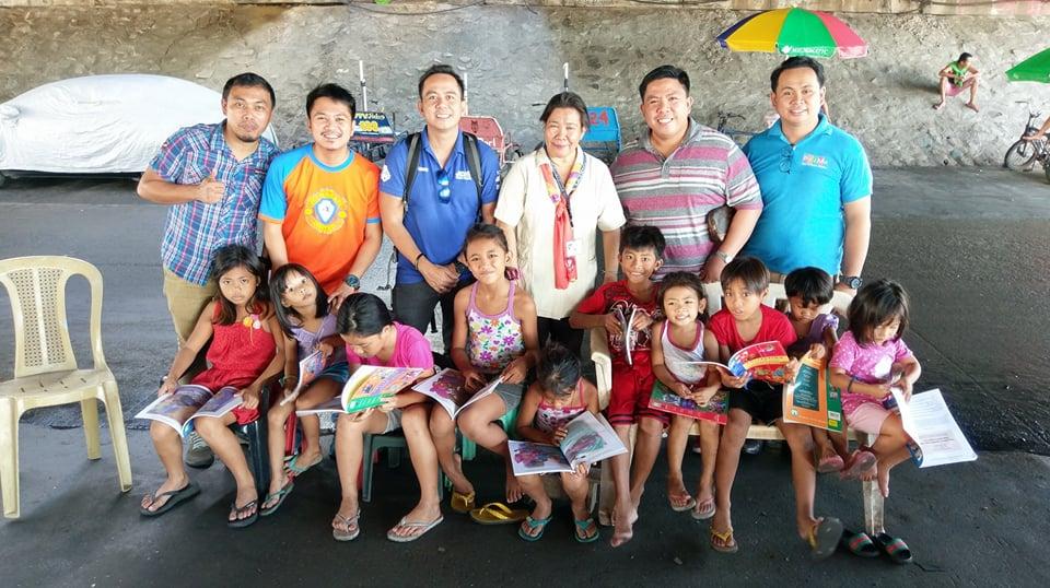 Teacher Fe with JCI Makati members and BOD