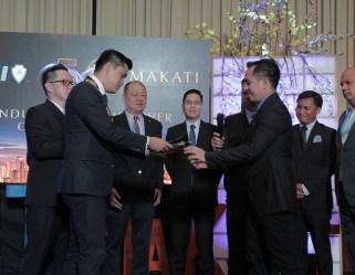 2017 JCI Makati President Kenneth Tiu turns over gavel to incoming President Pocholo Gonzales