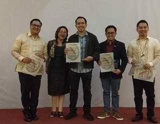 The VoiceMaster receives Pillars of Youth Leadership Award 2018