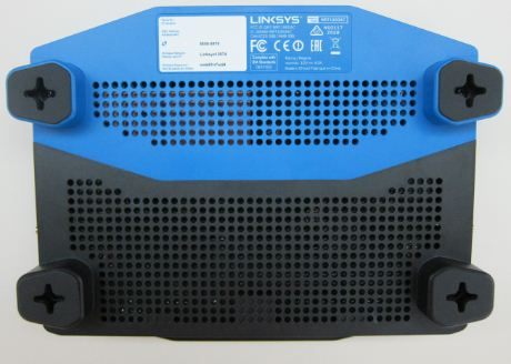 The bottom of Linksys WRT1900AC AC1900