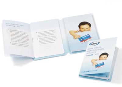 PocketPLaner mit einer kleinen Broschüre und einem Innenblatt