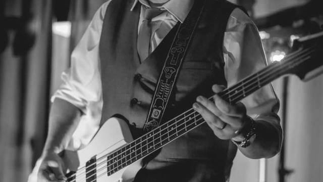 Wil – Bass Guitar