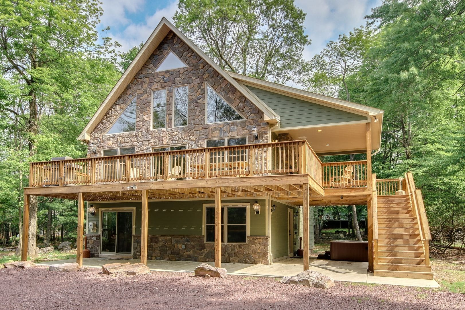 6 Bed Poconos Cabins For Rent this Weekend  Book Luxury