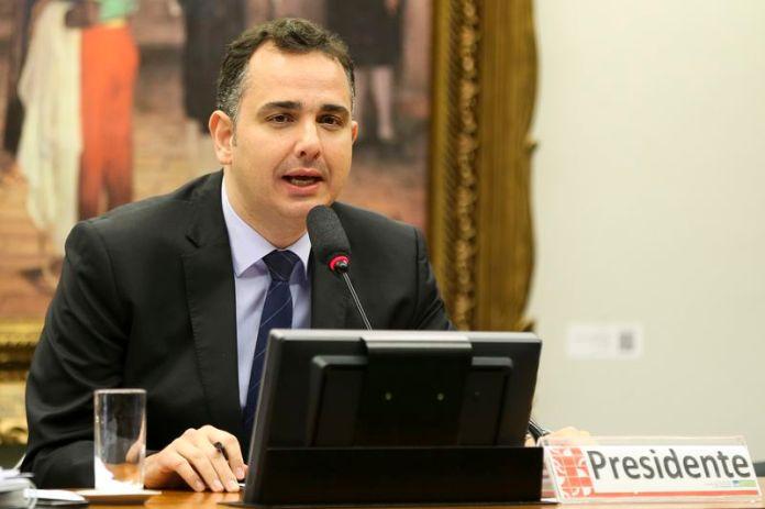 O presidente da CCJ da Câmara, Rodrigo Pacheco (PMDB-MG) Marcelo Camargo/Agência Brasil - 23.mar.2017
