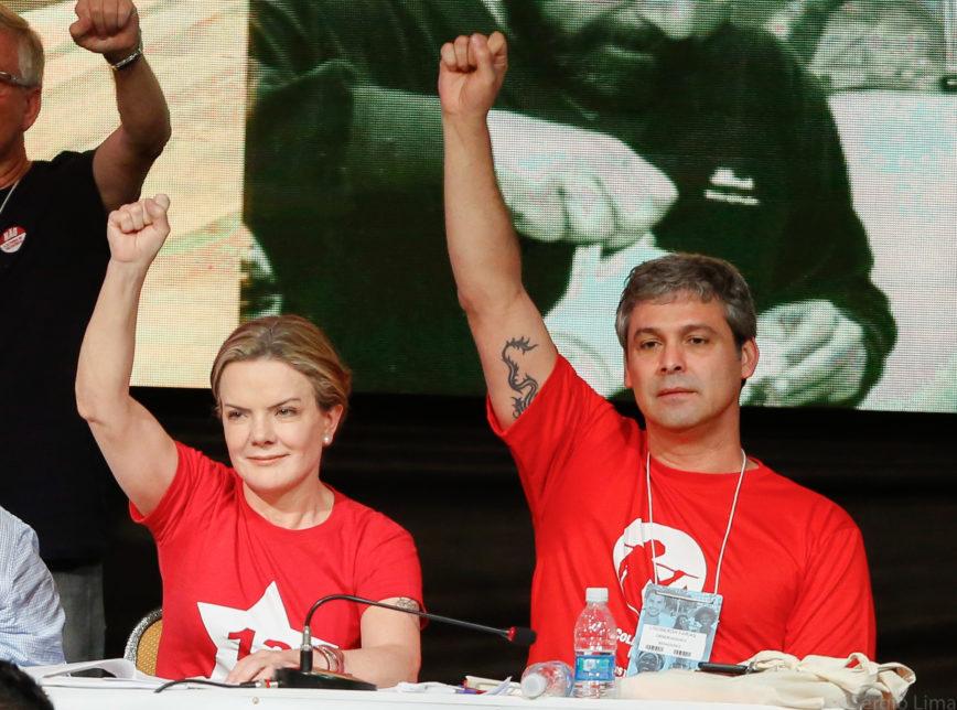 Resultado de imagem para fotos de gleisi eleita presidente do PT