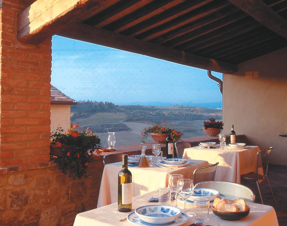 Ferme San Gimignano prs de Sienne Cuisine typique de Toscane