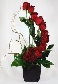 Fiori di Milano Dozen Roses Flower Arrangement