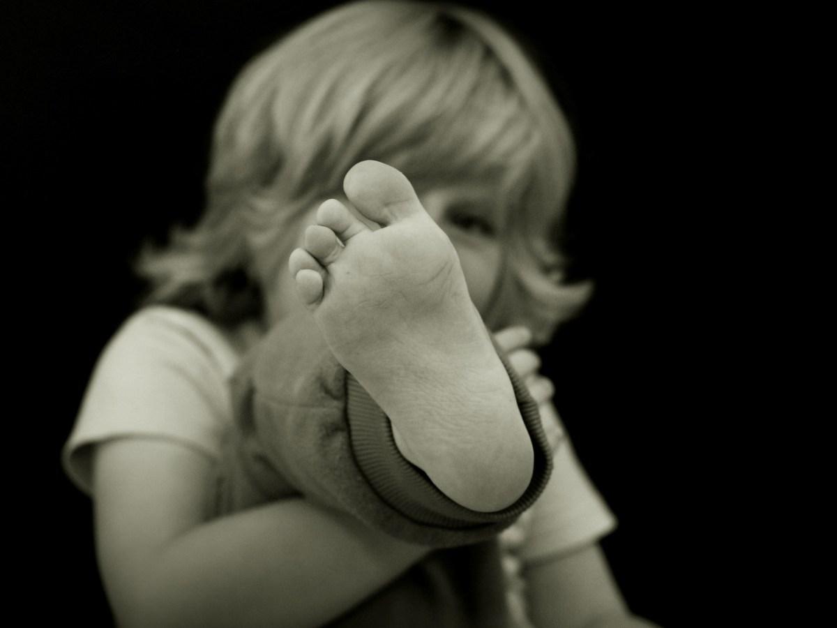 foot-kid.jpg?fit=1200%2C900&ssl=1