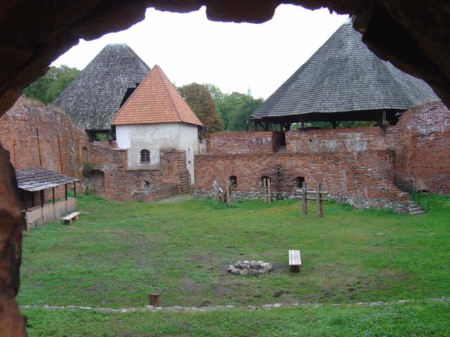 Pszczewski Park Krajobrazowy - zamek w Miedzyrzeczu