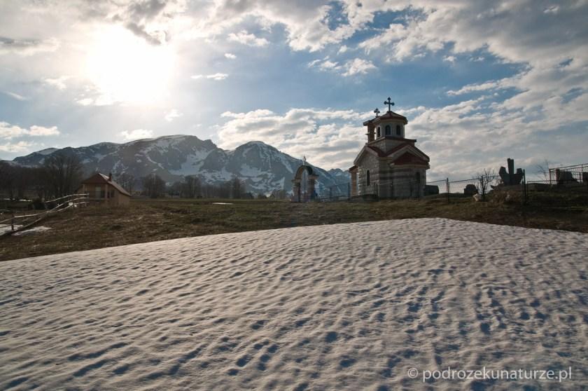 Zabytkowa kapliczka w Durmitorze