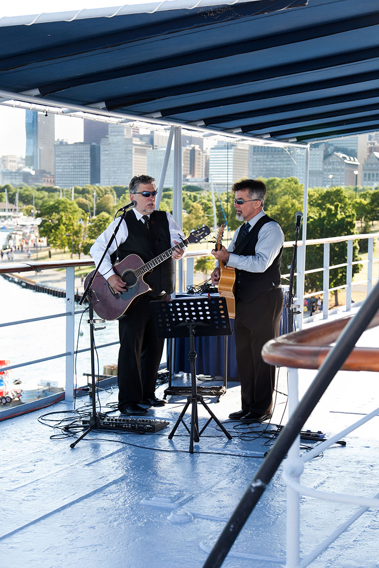 Chicago Lake Michigan Wedding on Boat