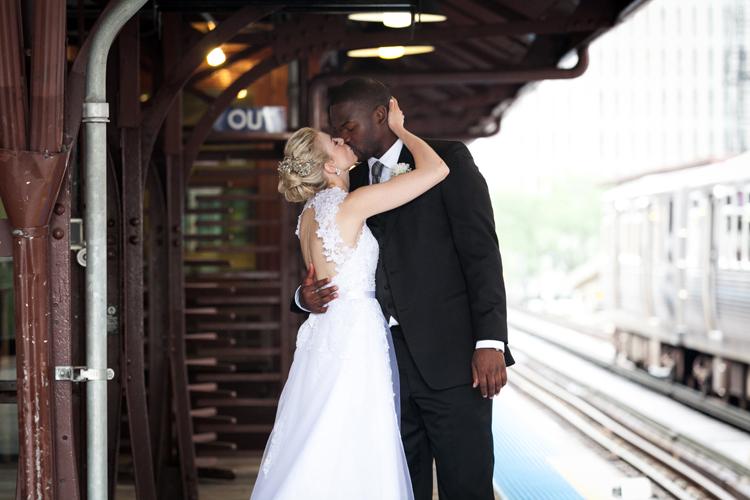 Chicago Loop Train Wedding Photography