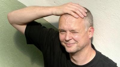 Tomáš Míka, poetul ceh care publică mai des în antologii decât în volume personale