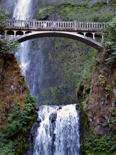 multnomah-falls-water