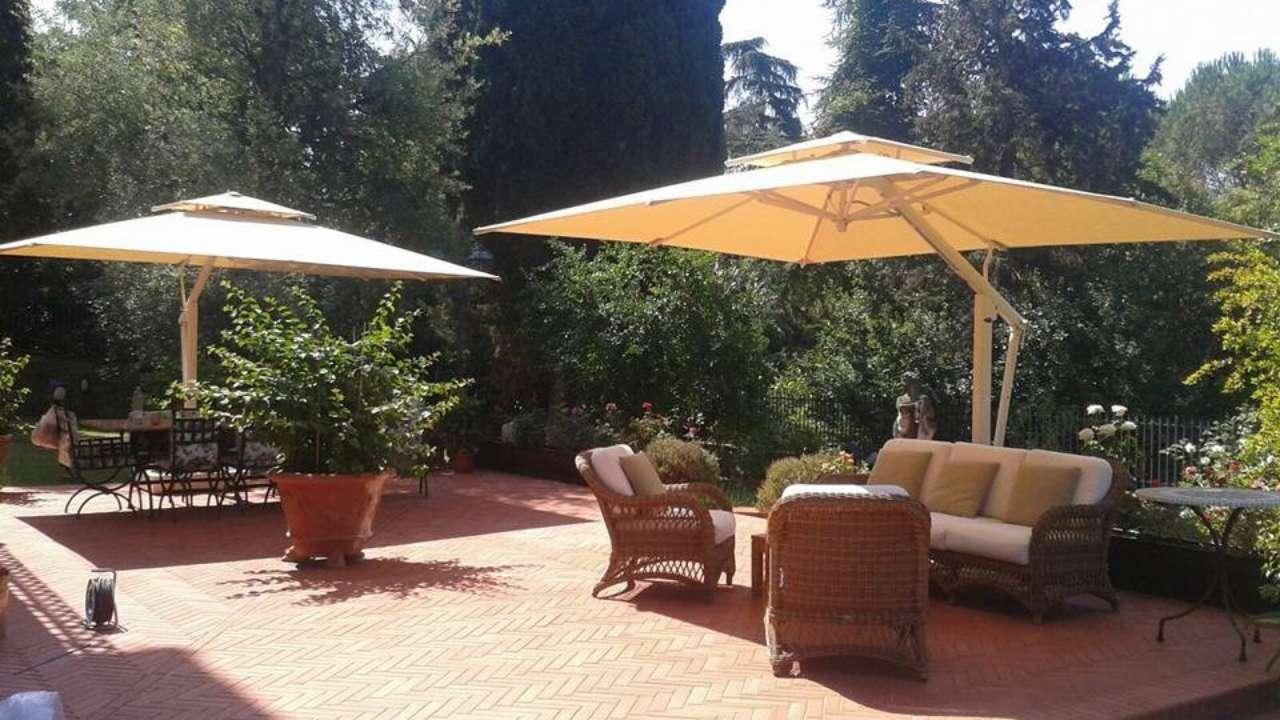 choosing the best patio umbrella for