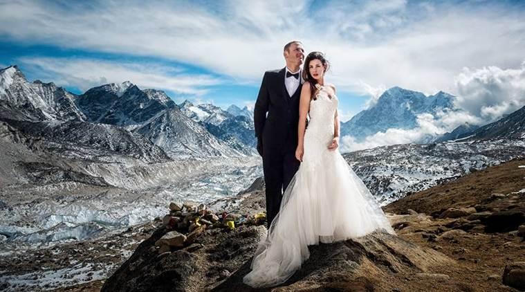 mt-everest-wedding-759